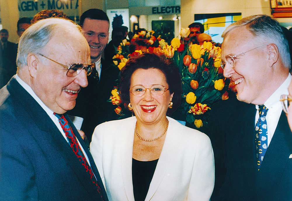 Helmut Kohl, Margrit Harting and Dietmar Harting at the Hannover Messe 1995