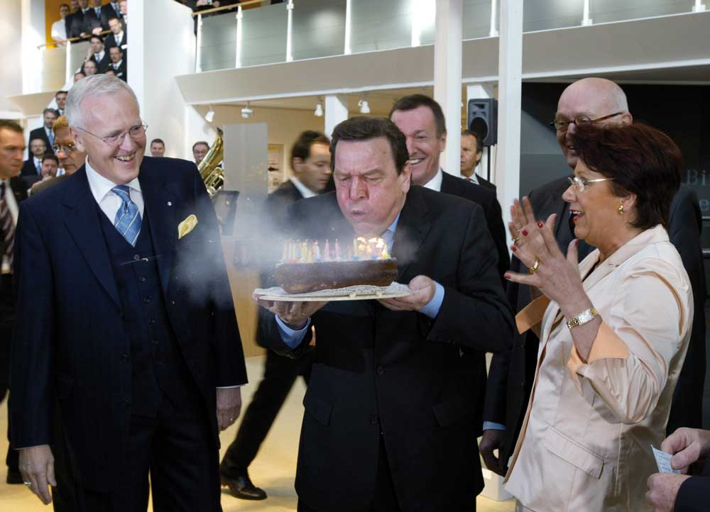 Gerhard Schröder celebrates his birthday at the Hannover Messe and opens the HARTING exhibition stand