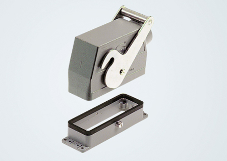 Locking systems: One lever aligned centrally